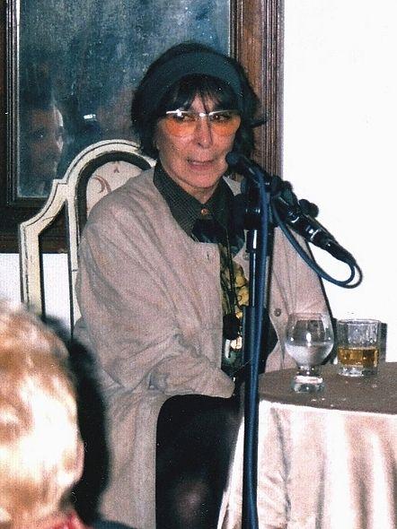 Hana Hegerová v Šemanovicích hovoří o rumunském cirkusu